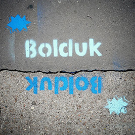 Bolduk in the street